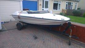 Speed boat/ Fishing boat