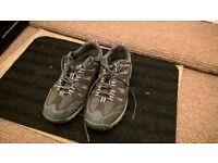 Sport shoes – Adventuridge size 42, gray, in good condition