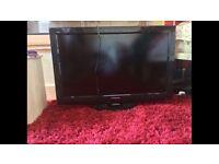 "Panasonic TX-L32X20B 32"" HD Ready LCD TV"
