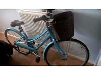 Women's Hybrid Bike - with basket and accessories