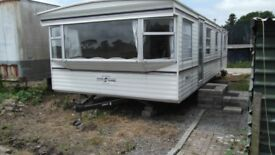 2 bed mobile home on farm near Pontyates.