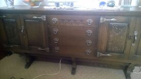 Solid oak sideboard - pristine condition and manufactured with key details /Antique/Medieval style