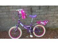 Girls Bike - Lovely Girls Bumper Angel bike in very good condition