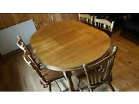 Country style extending table and 6 chairs dining set used good condition