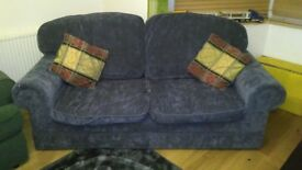 3 saeter SOFA /NAVY BLUE-approximately 199cm x87 cm