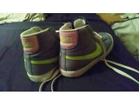 Nike Boots. Size 5.