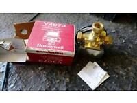 Honeywell V4073 Mid Position Diverter Valve