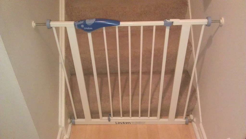 Attaching Stair Gate To Plasterboard Wall And Stairs