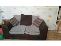 beautifull 2 two seater sofas