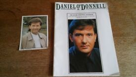 DANIEL O'DONNELL SIGNED SONGBOOK AND CARD
