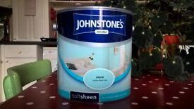 2.5l tin of emulsion paint - aqua