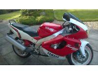 Yamaha Thunderace YZF1000 £1000