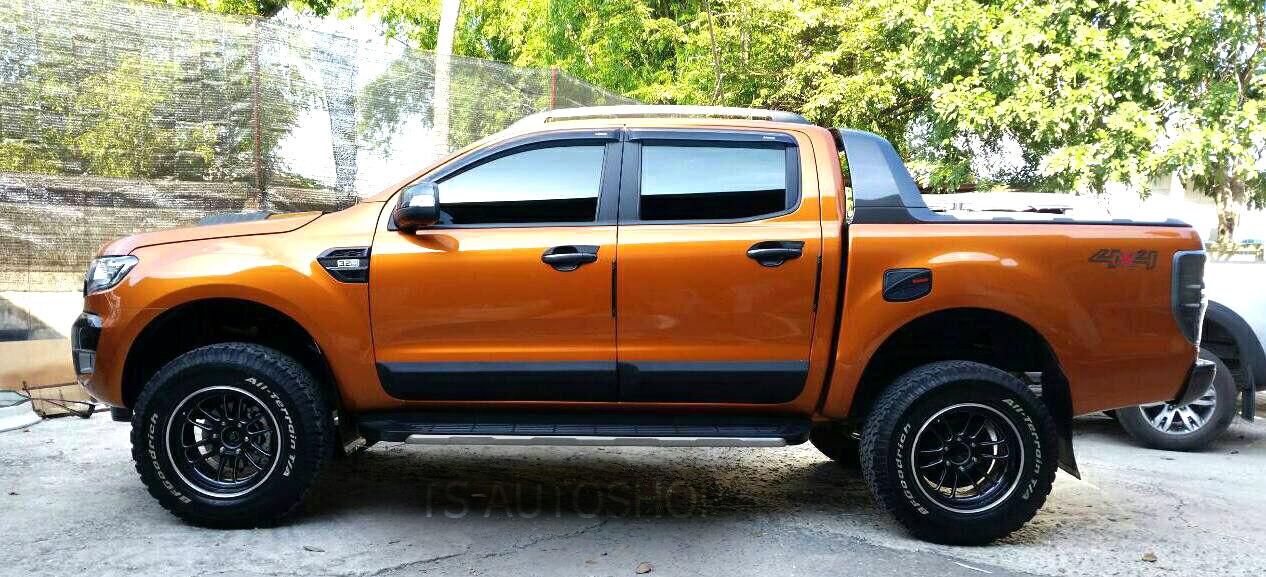 Body Cladding Matte Black Side Door Ford Ranger 4 Door T6