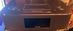 Philips DC290B/37 30-Pin iPod/iPhone Alarm Clock Music Aluminum Speaker Dock