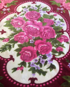 Beautiful Burgandy Rose Design Blanket