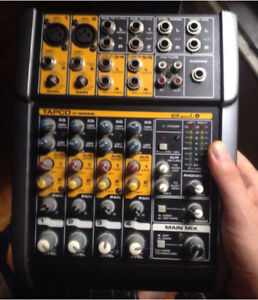 TAPCO BLEND-6 6-CHANNEL MIXER W/ MACKIE