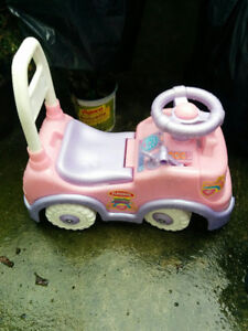 OPPORTUNITY! - KIDS CAR TOY AT BARGAINING PRICE