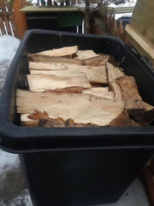 Rubbermaid Storage Bin w/firewood
