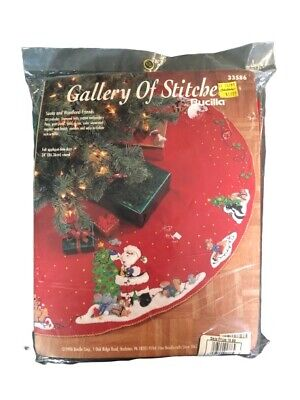 "Vintage Christmas Bucilla Felt Applique 34"" Tree Skirt SANTA & WOODLAND FRIENDS"