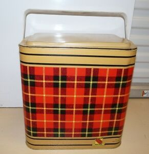 Vintage Metal Ice Chest / Picnic Cooler
