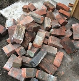 *FREE* 100-150 Good quality bricks/ rubble (Kenilworth)