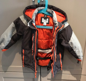 2T OUTERWEAR IN REALLY FANTASTIC CONDITION!!