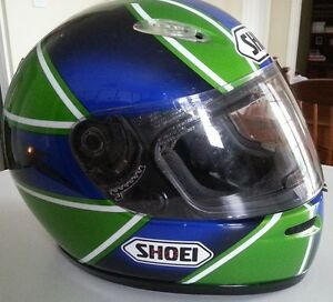 Casque intégral Moto Shoei - Full face Shoei motorcycle helmet