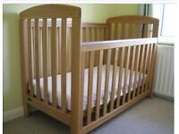 Mammas and papas cot in excellent condition