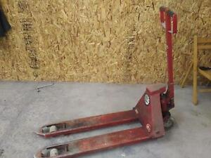 1100 Lbs Mini Pallet Jack Lift Warehouse Shop Store Garage Red