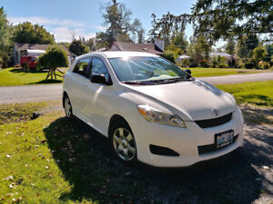 2010 Toyota Matrix 4dr hatchback 5 speed manual FWD