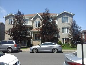 CONDO Tout meublé / Completely furnished - SNOW BIRD