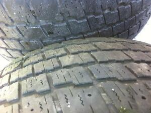 """4 Cooper Snow Tires on 16"""" Rims OBO Gatineau Ottawa / Gatineau Area image 2"""