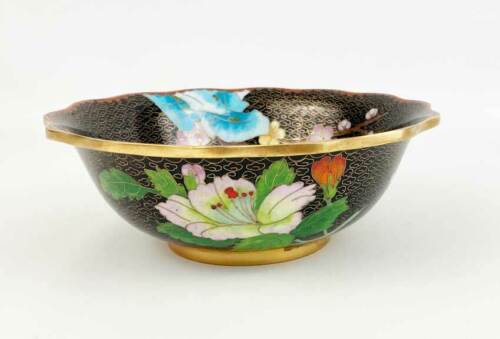 """Vintage Chinese Jingfa Black And Gold & Florals Scalloped Cloisonne Bowl 6-3/4"""""""