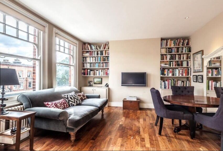 Stunning 2 bed with balcony on Queenstown road - Only £395pw!