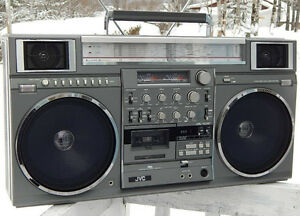 JVC M90 or JVC M90C VINTAGE BOOMBOX GHETTO BLASTER TOP DOLLAR!