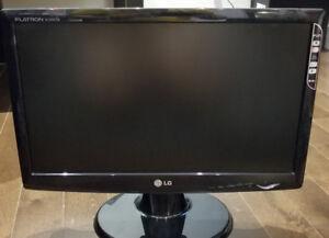 LG 19' LCD FLAT SCREEN MONITOR