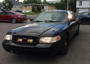 2011 Ford Crown Victoria Berline