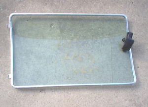 1972 - 1977 FORD PINTO LEFT REAR SIDE WINDOW London Ontario image 2