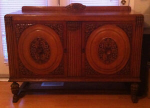 Gorgeous Oak Sideboard / Hutch over 100 years old!