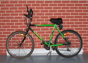Vélo Bicyclette CCM DBS MX500