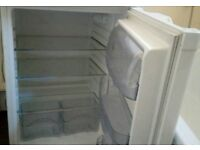 Good condition underbench fridge. Can deliver.