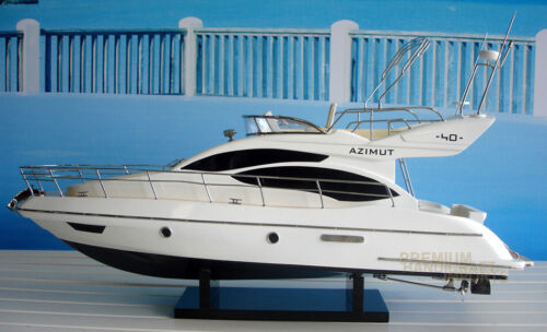 Handcrafted Azimut 40 Display Model Yacht