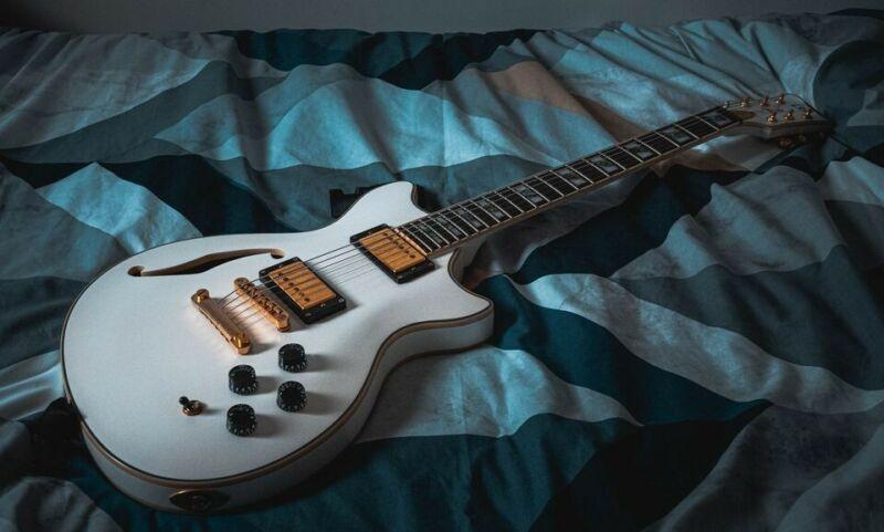 ESP LTD - X Tone PC-2 Electric Guitar - Seymour Duncans, Grover Tuners