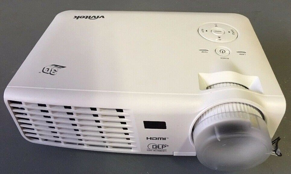 Vivitek D512-3D Projector for sale includes 4 pairs of 3D Specs