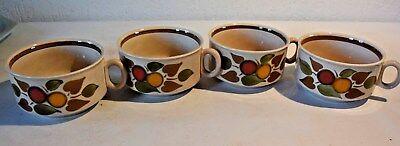 C36  4 anciennes tasses typique vintage de Bock keramis Belgium