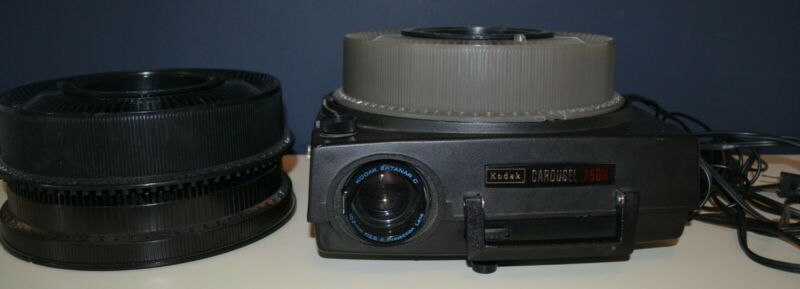 Vintage Kodak Carousel Slide Projector 750H with 3 Slide Trays