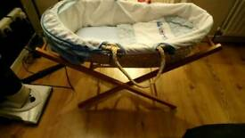 2 moses basket 2 baby baths