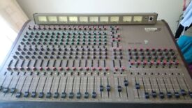 OFFERS WELCOME...ALLEN AND HEATH MIXER SYSTEM 168 -1982
