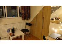 Nice ensuite room to rent in Wood Green