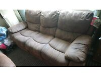 2x 3 piece recliner sofa hardly used labels still attached